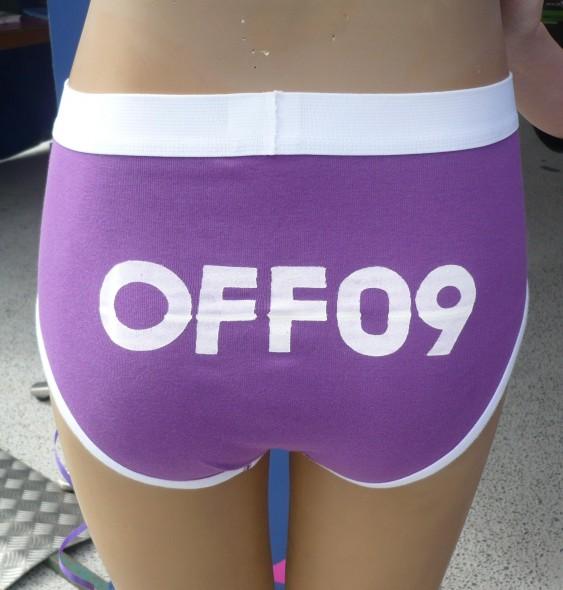 offbuks-563x590
